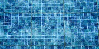 Swimming Pool Pool Tiles Blue  - Dimhou / Pixabay