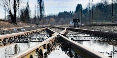 Tracks Train Rail Train Station  - pyker / Pixabay