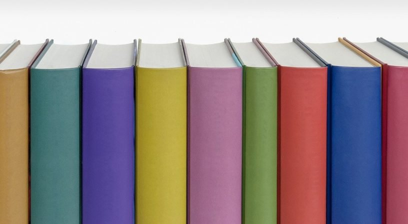 Books Spine Colors Pastel  - PatternPictures / Pixabay