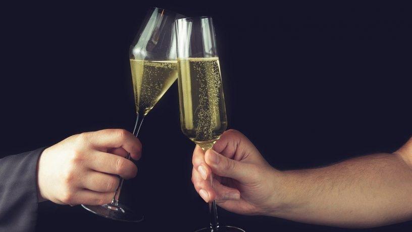 Drinks Toast Celebration Festive  - Shutter_Speed / Pixabay