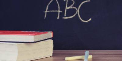 School Books Desk Chalkboard Chalk  - StockSnap / Pixabay
