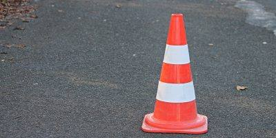 Pylon Traffic Cone Barrier  - manfredrichter / Pixabay