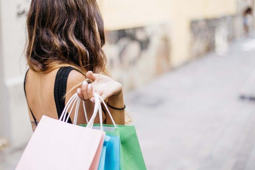 Woman Shopping Lifestyle Adult  - gonghuimin468 / Pixabay