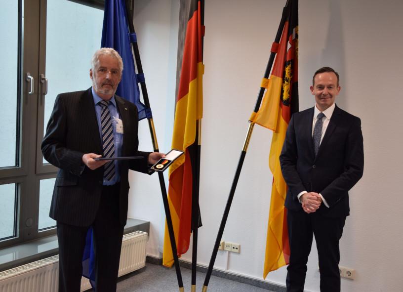 Verdienstmedaille des Landes für Welmar Rietmann