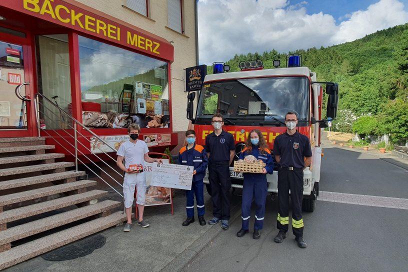 Bäckerei Merz unterstützt Jugendfeuerwehr