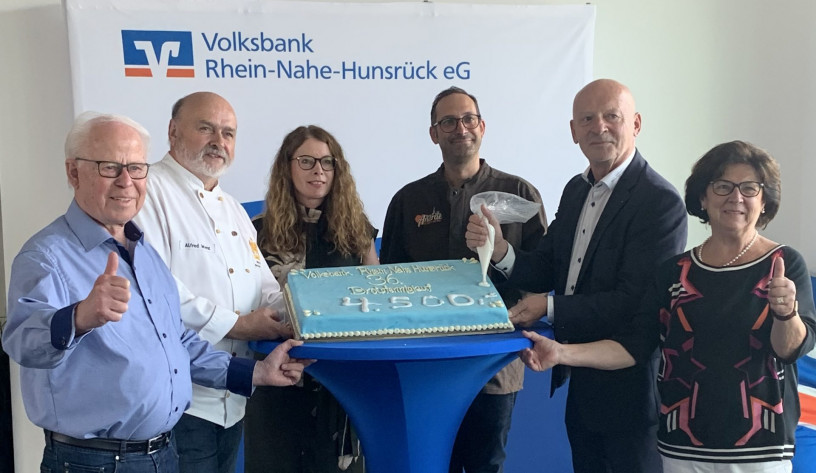 4.500 Euro für zwei regionale Projekte