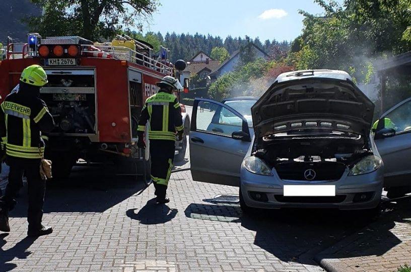 Brennendes Auto in Hargesheim